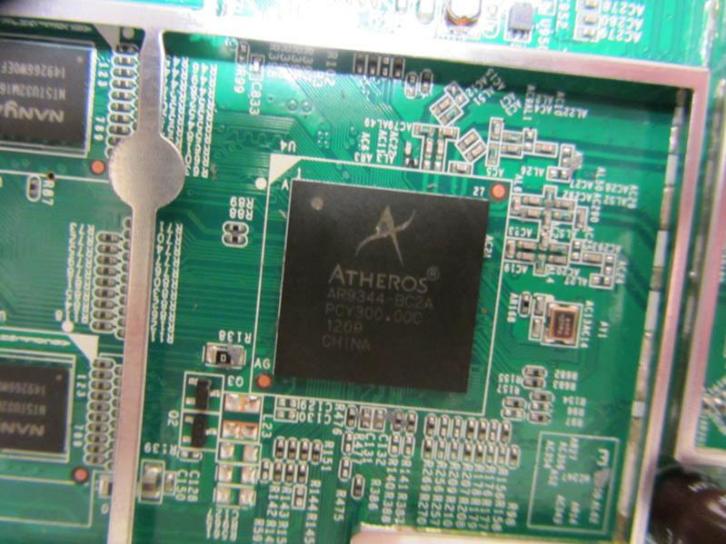 Inside the Netgear WNDR4300 | SmallNetBuilder Forums